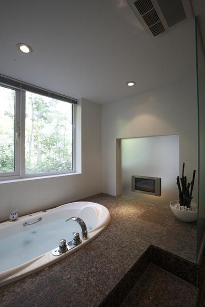 バスルーム (SKK オフを楽しむ家)
