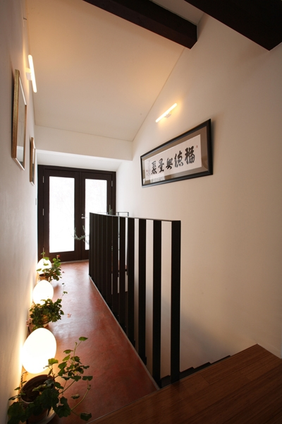 HNK 仲間と楽しむ家の部屋 階段上
