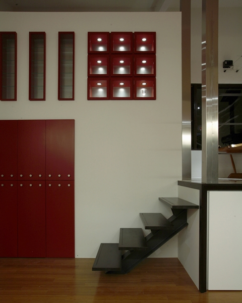 HNK 仲間と楽しむ家 (デザイン度の高い階段周辺)