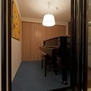 北欧に憧れて…天井に板貼りましたの写真 趣味部屋
