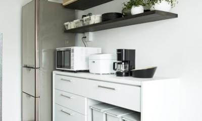 J邸・和モダンスタイル 光と風が通る心地よい住まい (キッチン)