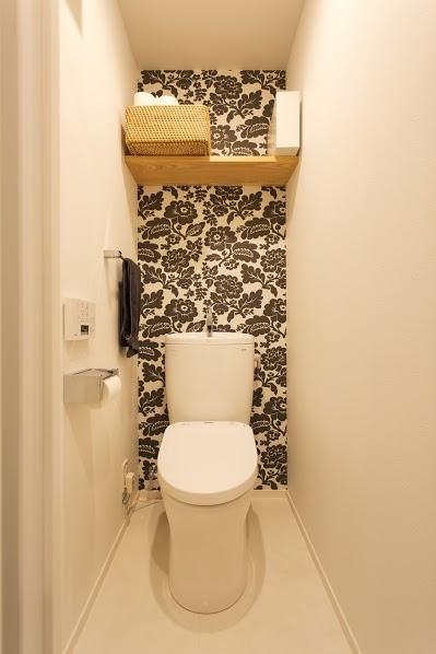 J邸・和モダンスタイル 光と風が通る心地よい住まい (トイレ)