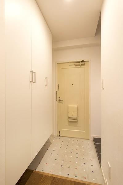 J邸・和モダンスタイル 光と風が通る心地よい住まいの部屋 玄関