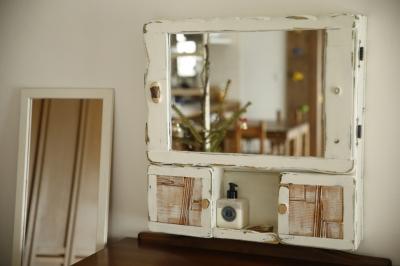 リビング-鏡 (S邸・DIYを楽しむ!)