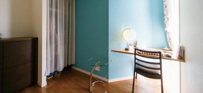 寝室 (キッチンには黒板塗装の壁を。家族が楽しくつながることを大切に)