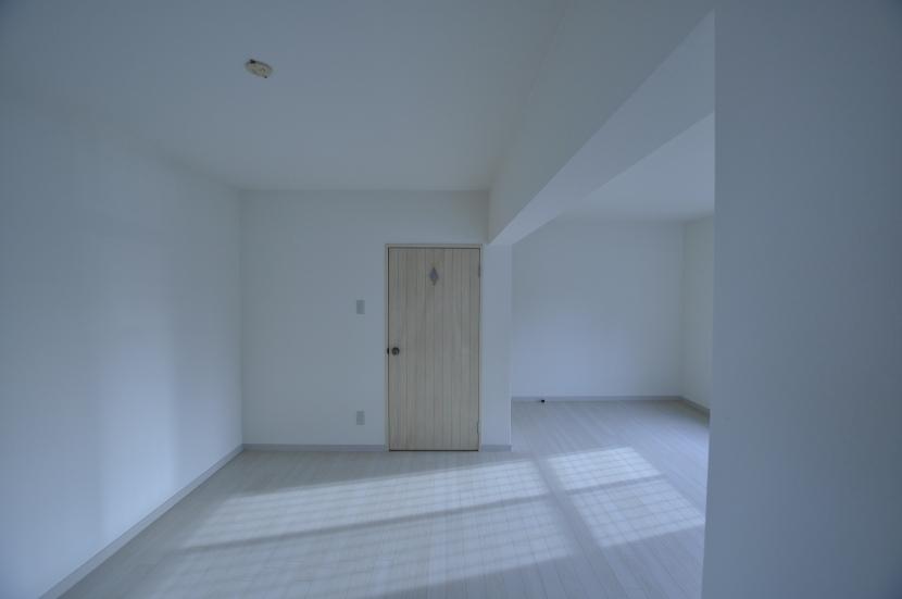 IKEAリノベーションの部屋 広々ベッドルーム