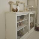 シンプルな見せる収納家具