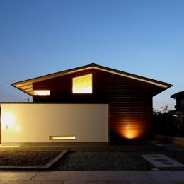 一色白山の家 (外観夜景)