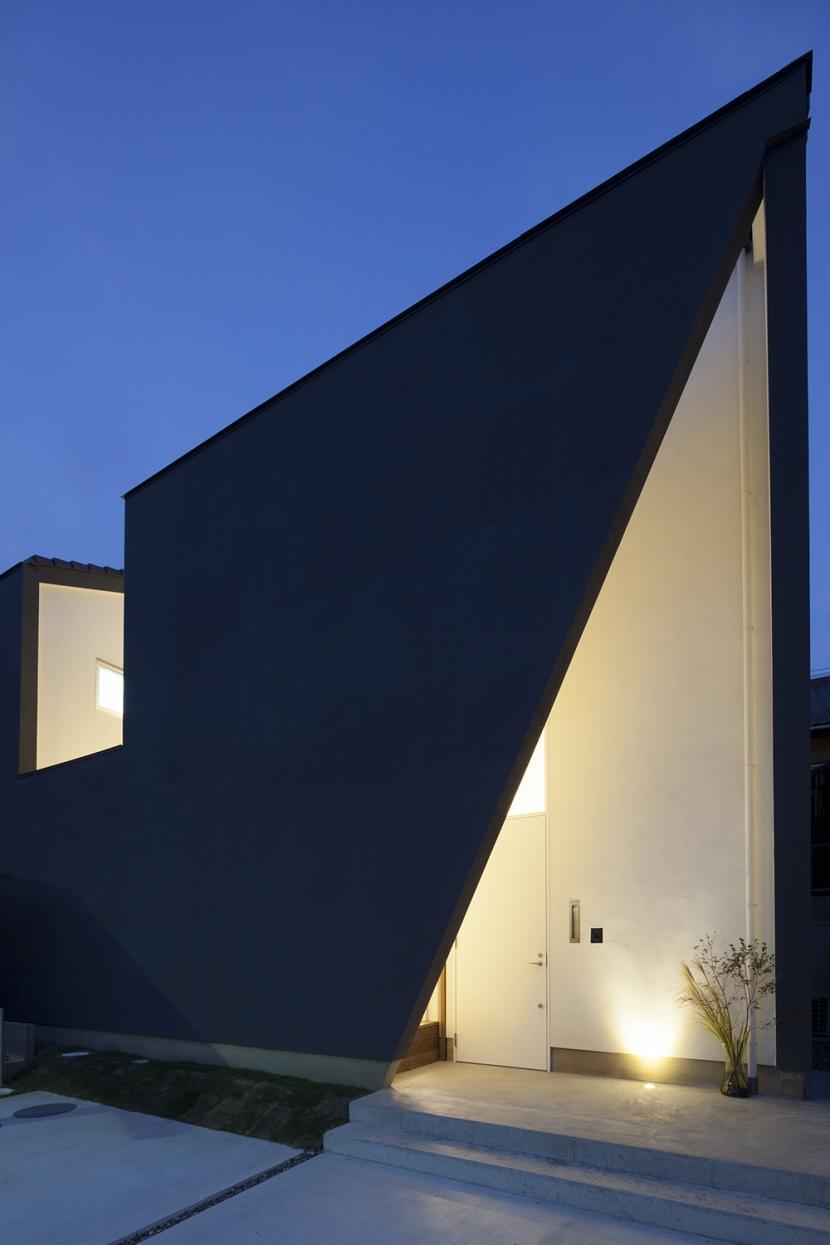 建築家:羽柴 順弘「西古券の家」