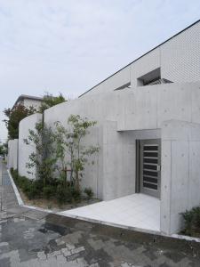 S/ta邸 (玄関 1)