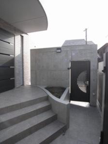 Ym邸の部屋 玄関