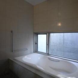 Ym邸 (浴室)