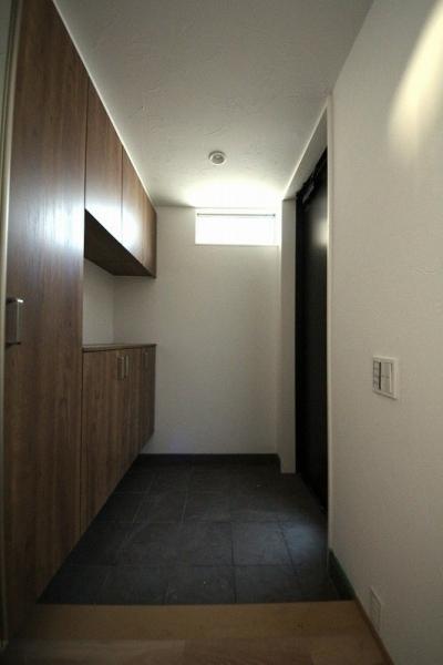 玄関 2 (桜台の住まい)