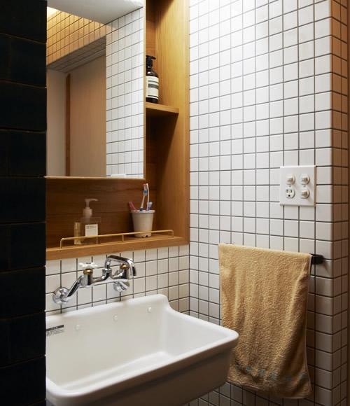 間のある家の部屋 洗面台