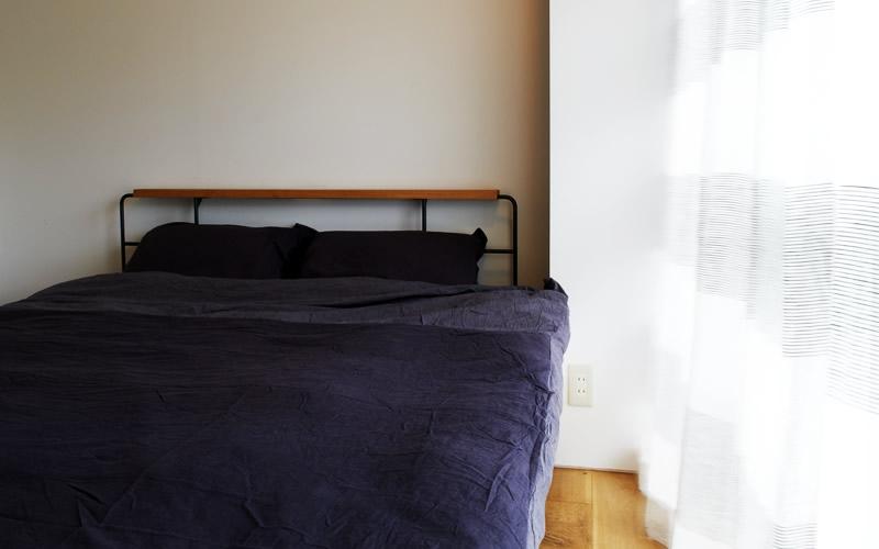 間のある家 (寝室)