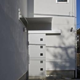 公園を望む家 (外観 1)