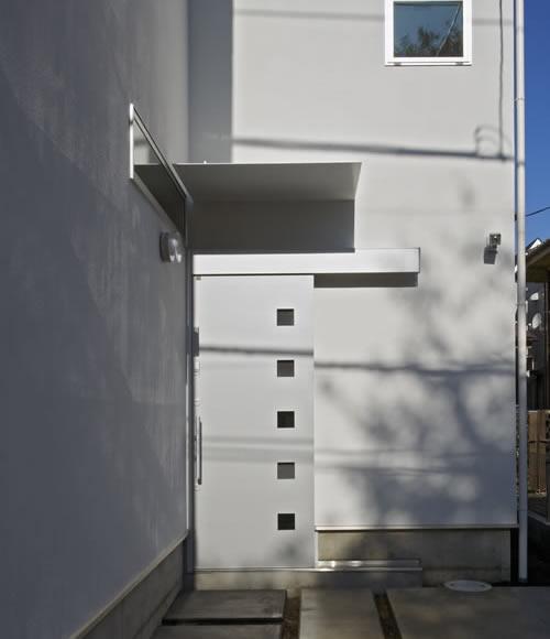 公園を望む家の写真 外観 1