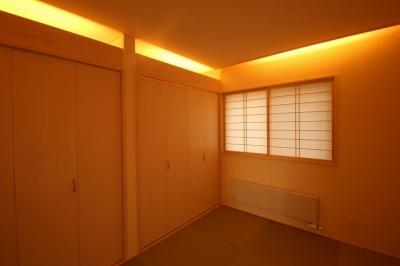 和室 1 (広いウッドデッキのある家)
