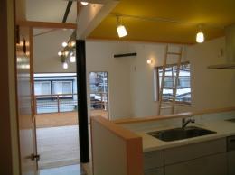 2階リビングの家 (ダイニング・キッチン)