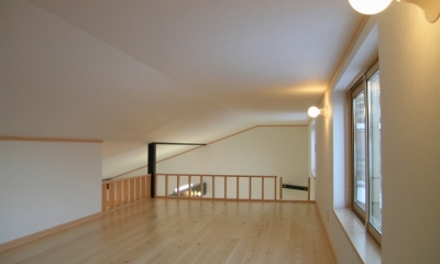 2階リビングの家 (2階リビング 1)