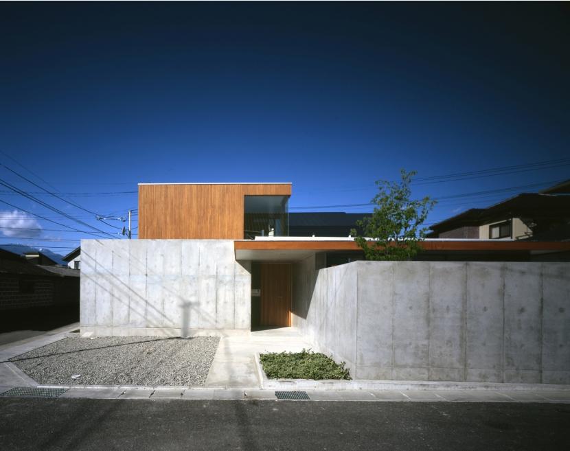 昭和のコートハウスの部屋 外観
