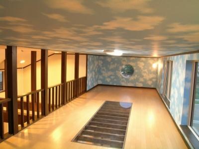 遊園地のような家 (屋根裏部屋 3)
