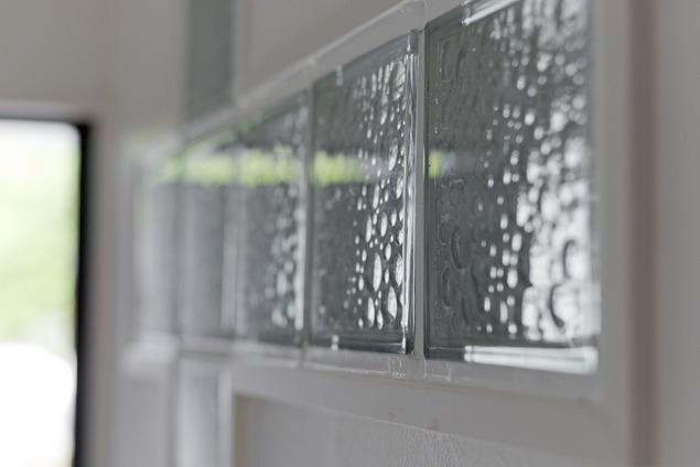 サブウェイタイルに造作洗面。自分好みのデザインと住み心地を追求した家にリノベーションの写真 廊下2