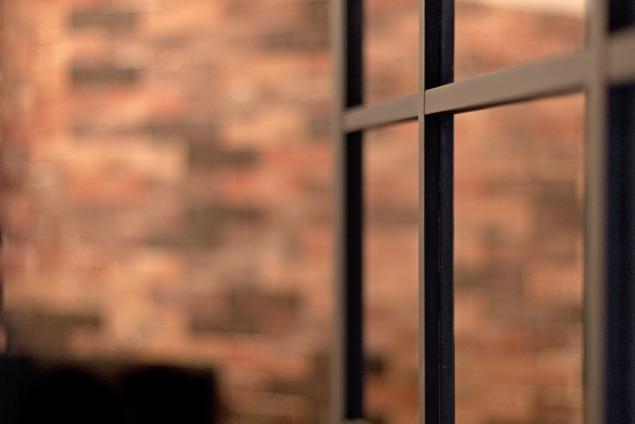 サブウェイタイルに造作洗面。自分好みのデザインと住み心地を追求した家にリノベーションの写真 リビング4