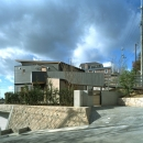高台の家の写真 東側全景