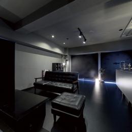 リビングダイニング1 (黒い家)