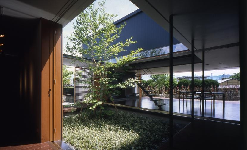建築家:奥野公章「回廊のある家」
