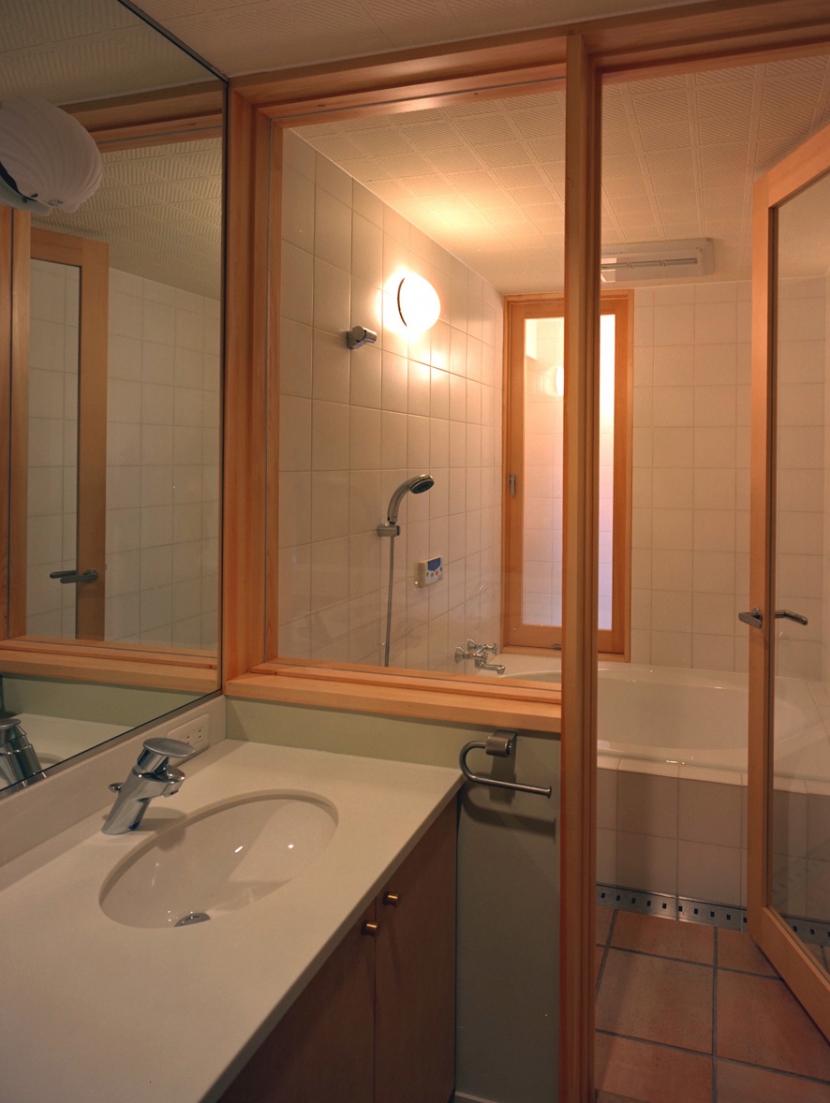 高台の家の部屋 バスルーム