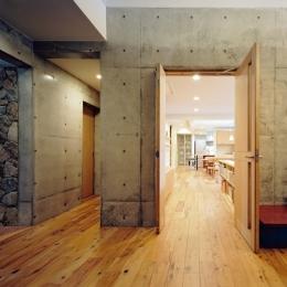 混構造の家-玄関ホール2