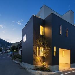 I2-house「court house」 (外観)