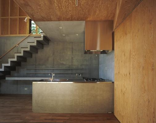 材木座の家の部屋 キッチン(撮影:淺川敏)