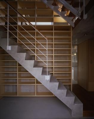 海老名の家の部屋 玄関1(撮影:淺川敏)