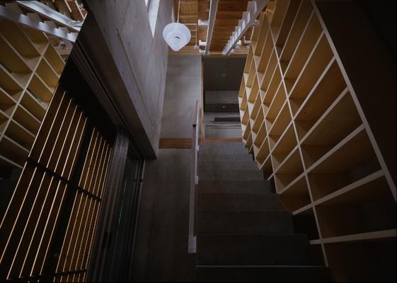 海老名の家の部屋 玄関2(撮影:淺川敏)
