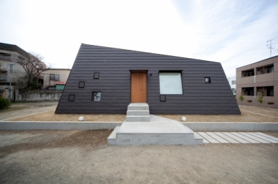 鴨川の家 (外観)