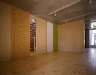 1階-間仕切りclosed(撮影:淺川敏) (西荻の家)