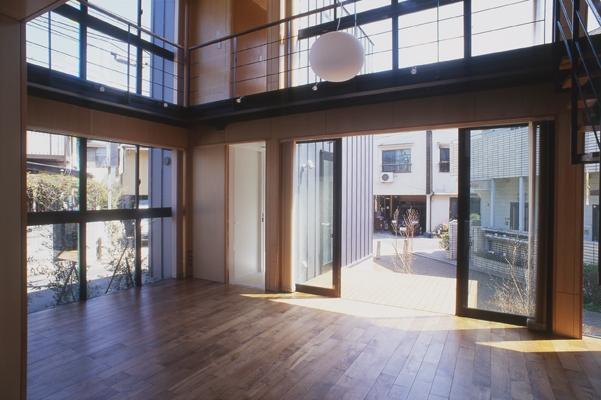 野方の家の部屋 テラス(撮影:淺川敏)