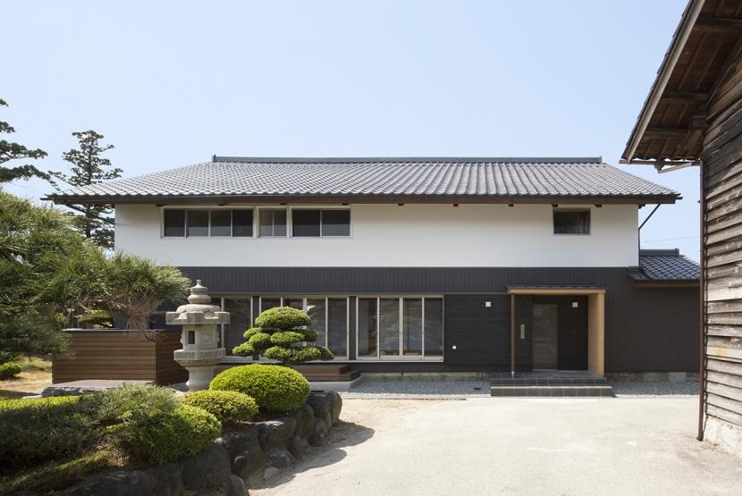 外観 (魚津の家)