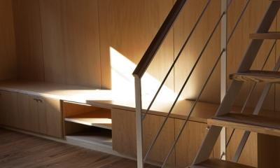 作り付けテレビボード(撮影:淺川敏)|目黒南の家