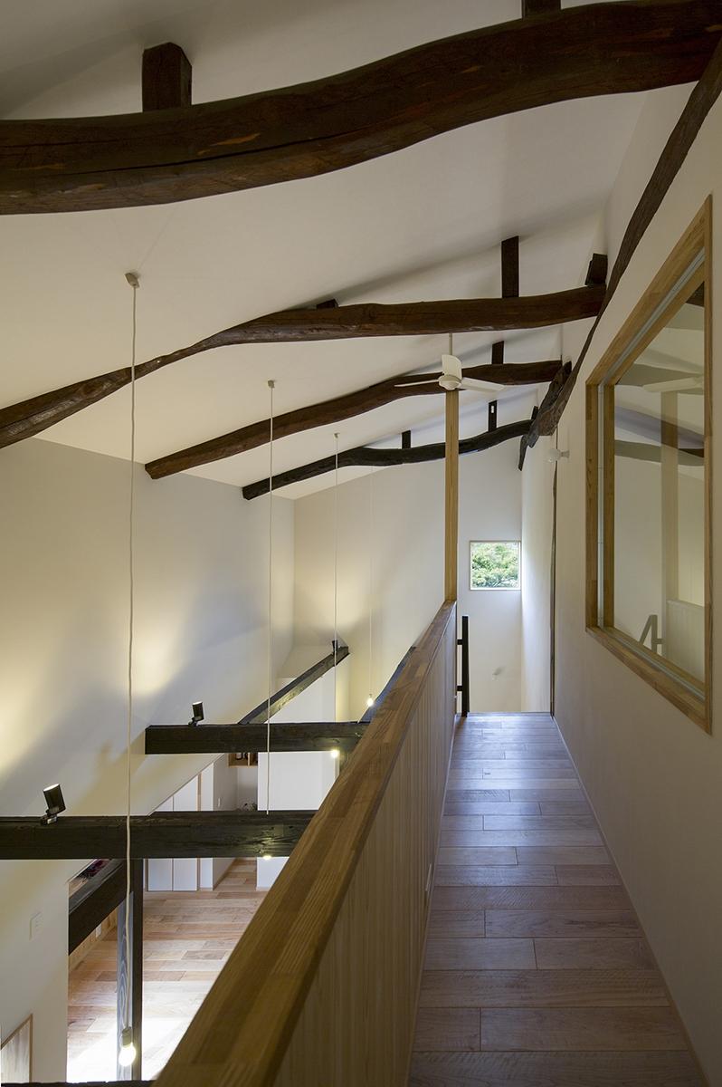 魚津の家 (渡り廊下)