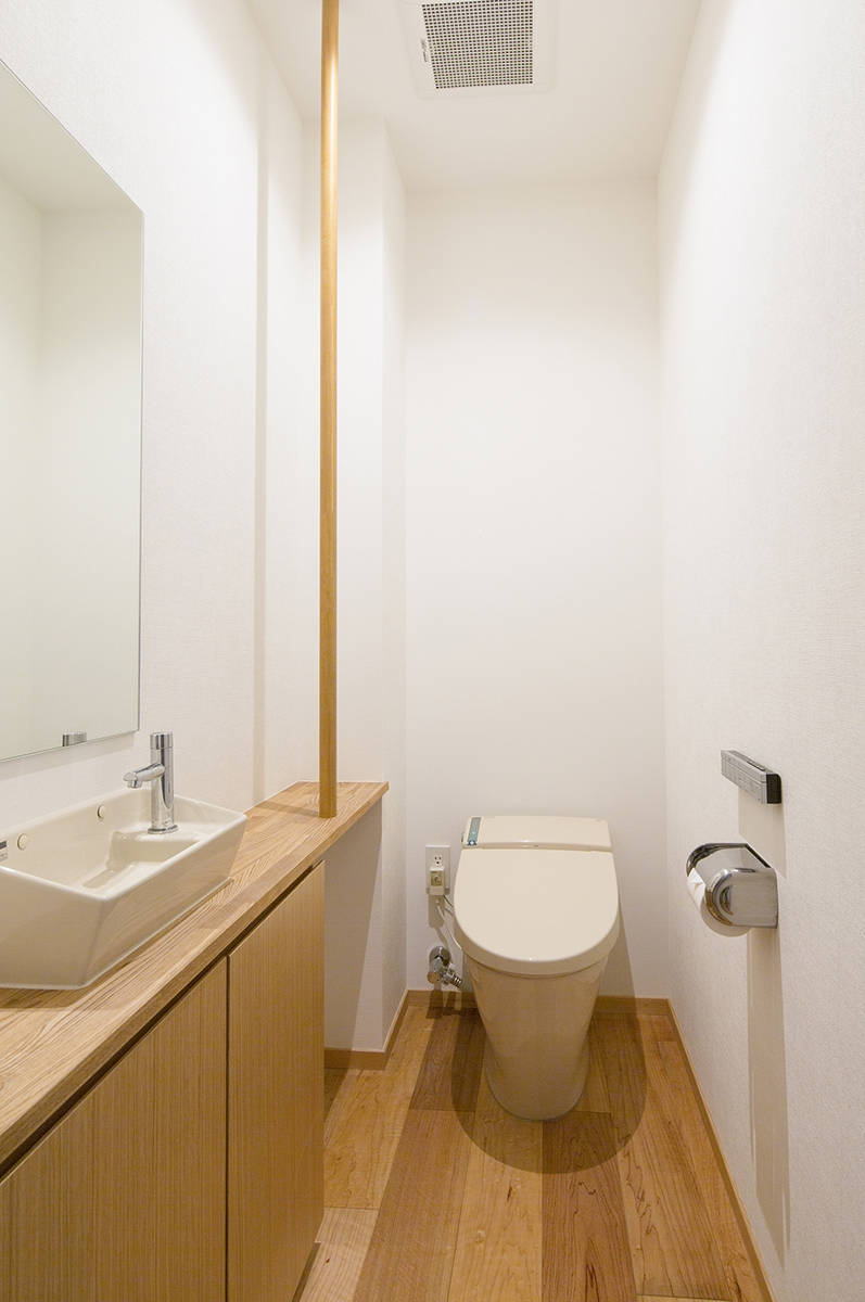 魚津の家 (トイレ)
