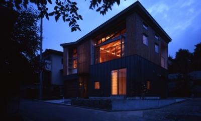 外観-夜間(撮影:淺川敏)|秦野の家