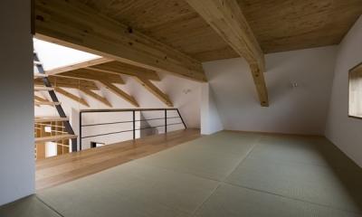 日吉の家 (ロフト(撮影:淺川敏))