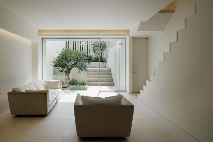 建築家:安井秀夫「落合のコートハウス 6テラス6ガーデン」