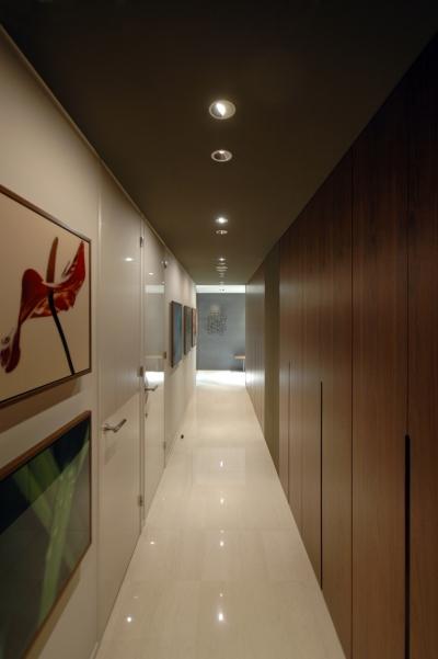 代官山T邸 (廊下2)