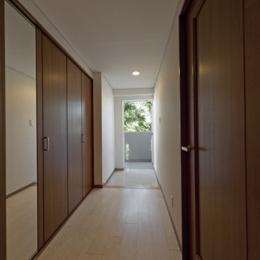 ルームシアターのある暮らし (廊下)