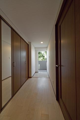 ルームシアターのある暮らしの部屋 廊下